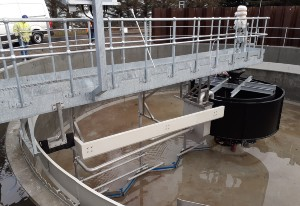 activated sludge process, bridge scraper, water treatment, waste water, colloide, colloide engineering, engineering, settlement tank